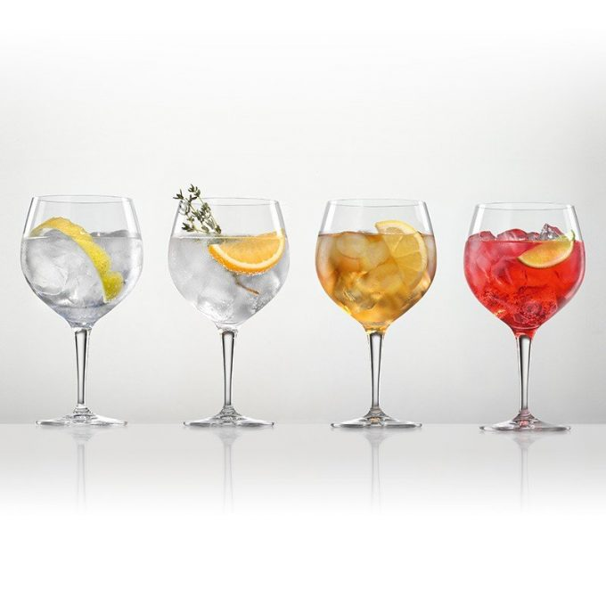 Gin and tonic 4 copas